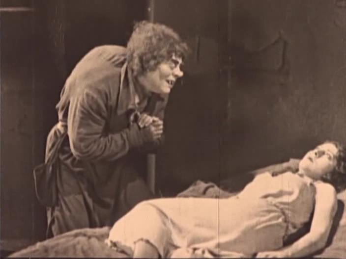 Мертвая тишина: история фильмов ужасов, часть 1