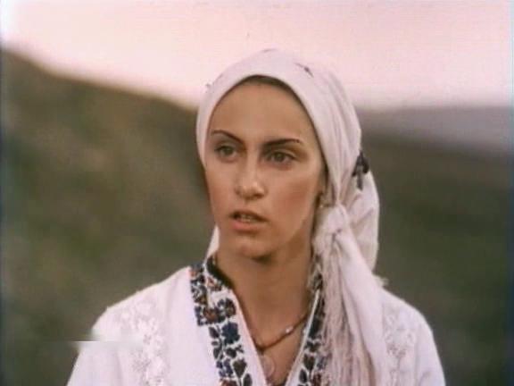 ...которые ещё не знают как советский фильм Цыганка Аза смотреть онлайн...